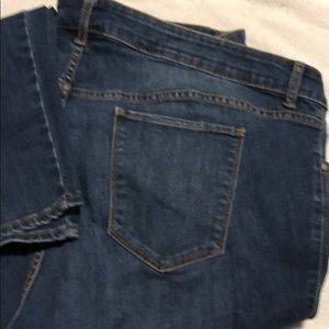 OLD NAVY ROCK STAR JEANS SIZE 26 PRE OWNED